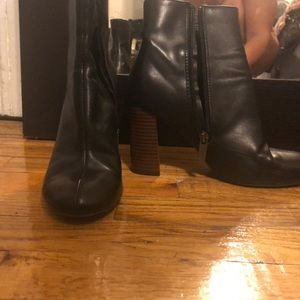 Shoes - Leather booties with heel